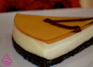 Tarta de oreo, queso y chocolate blanco